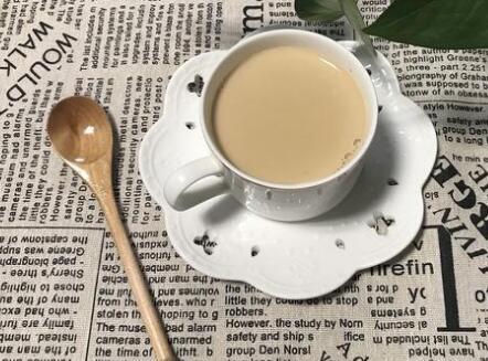 焦糖奶茶的做法窍门视频 焦糖奶茶没有红茶怎么办能做吗