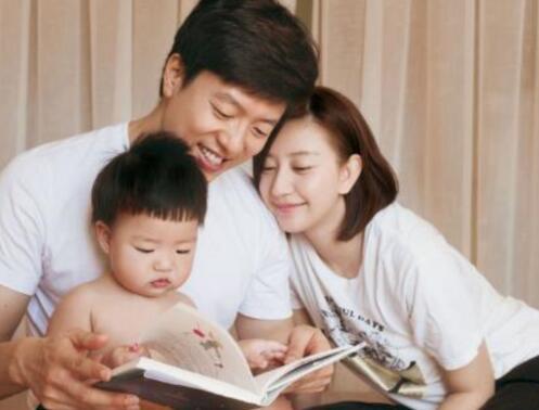 【吃瓜】唐一菲谈网络暴力 姚晨和凌潇肃离婚真实原因是唐一菲插足吗