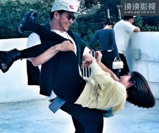 【完整版】赵奕欢公布恋情 赵奕欢男友李伯恩个人资料家庭背景揭秘